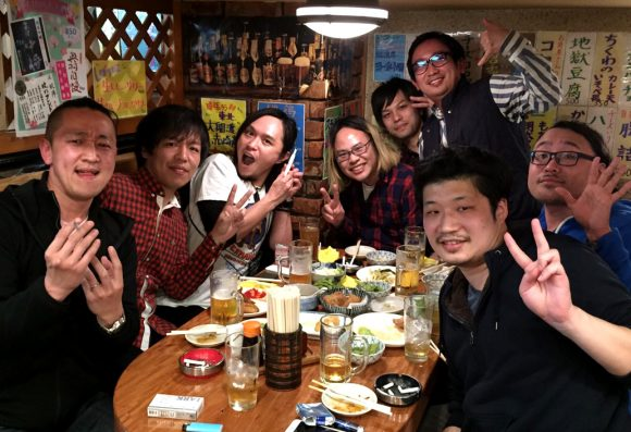 34 things that happen when just guys drink together in Japan, according to our eternal bachelor