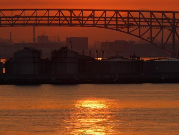 Headless corpse found floating in Osaka harbor