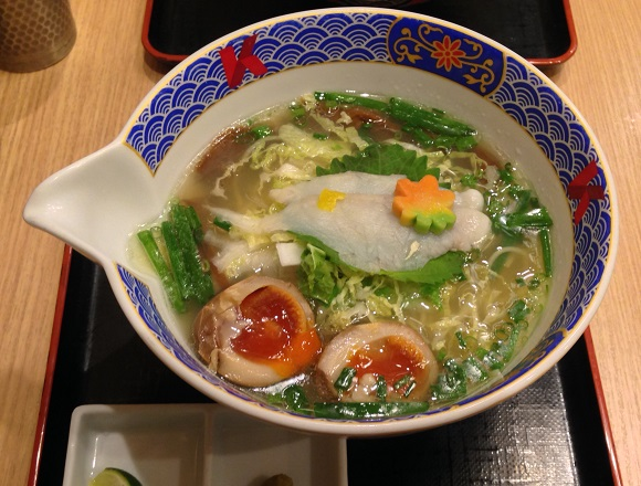 Poisonous blowfish ramen restaurant in Tokyo is death-defyingly delicious【Taste test】