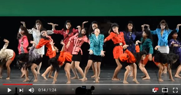 "YouTube goes crazy for ""Bubbly"" high school girls' amazing retro '80s dance routine 【Video】"