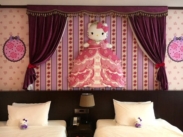 Goodnight, Kitty: We stay in a hotel room dedicated to the queen of kawaii【Photos】