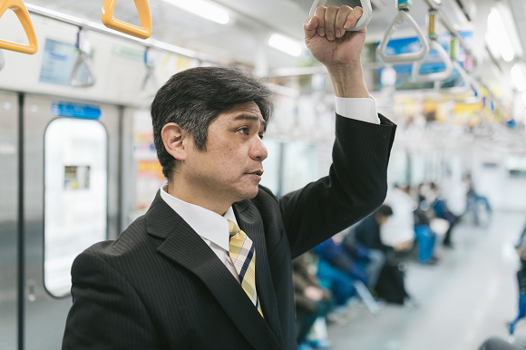 Majority of Japanese men in their 20s say they want men-only train cars in survey