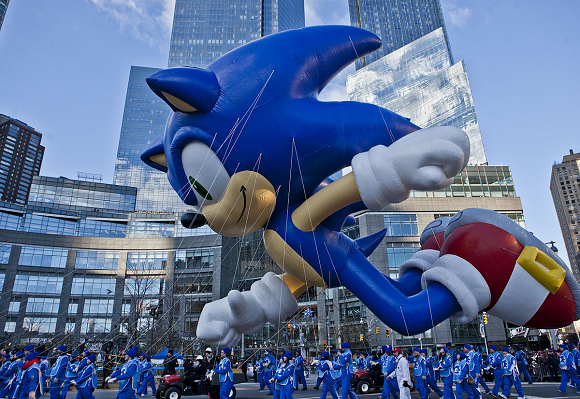 Sonic the Hedgehog live-action movie refuses to die, new studio grabs abandoned film rights