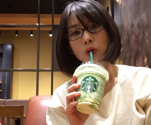 Starbucks' new matcha cheese Frappuccino is here, but can this crazy combo work?【Taste test】