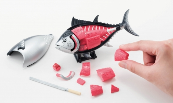 Put your love of tuna to the test with this displayable 3-D tuna puzzle!