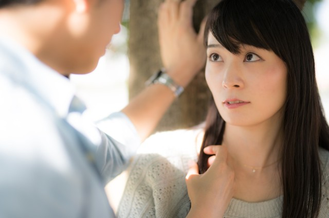 Are love confessions in Japan a relic of the past or a strict requirement? We find out!