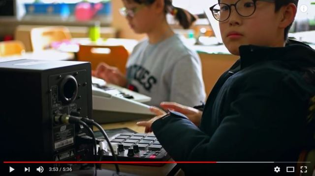 We could all learn something from this Korean grade school music class' Daft Punk cover【Video】