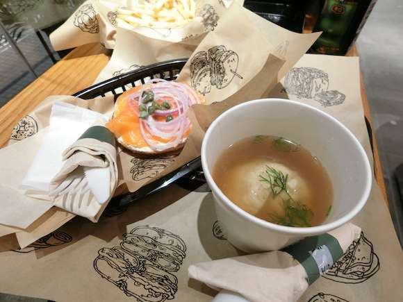 Californian bagel deli Wise Sons opens first international location in Tokyo!