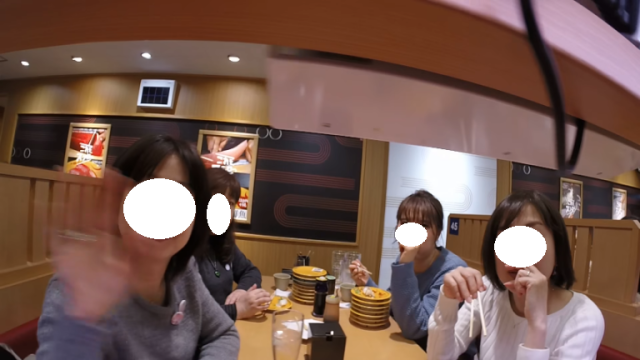 GoPro on sushi conveyor belt accidentally gives beautiful peek into normal Japanese life【Video】