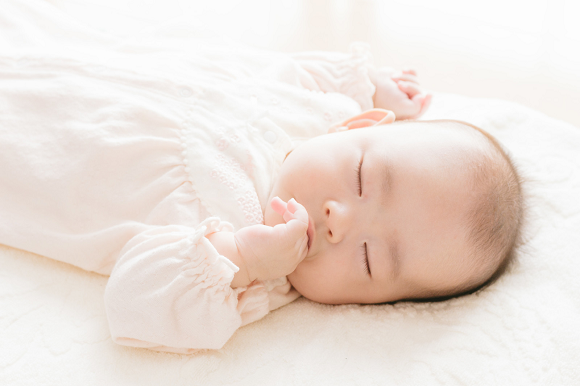 Japanese dad reimburses wife for six months' worth of breast milk, moves her to tears