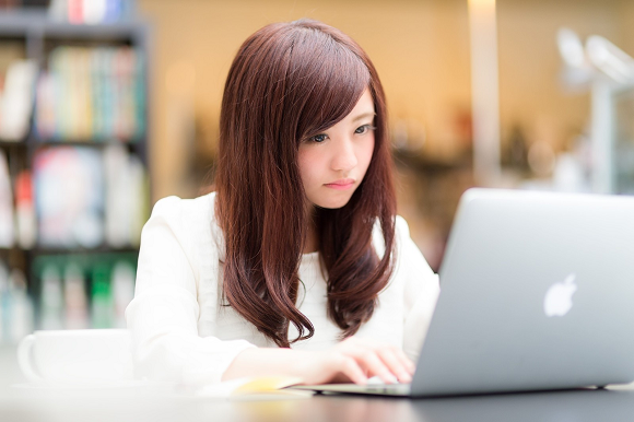 "Almost half of Japanese grade-school girls say they've never heard of ""programming"" in survey"