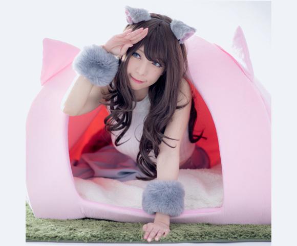 Japanese gravure bikini model cosplays as a cat for Bibi Lab's crazy new human pet house