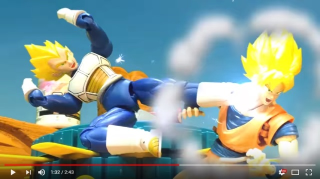 Action figure stop-motion clip pits Goku against Vegeta in fight of Saiyan proportions【Video】