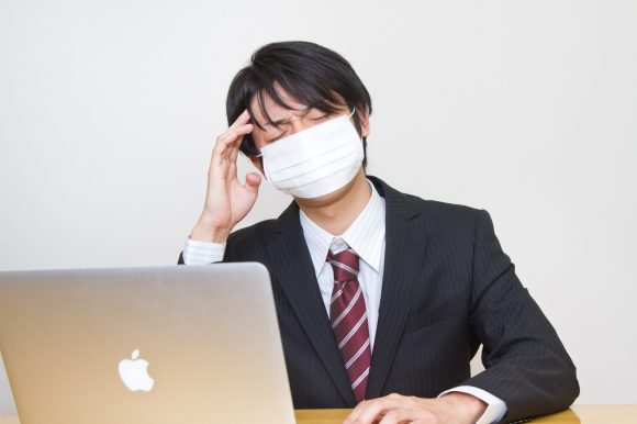 Twitter thread sparks debate on Japanese vs American sick leave policies, overwork culture