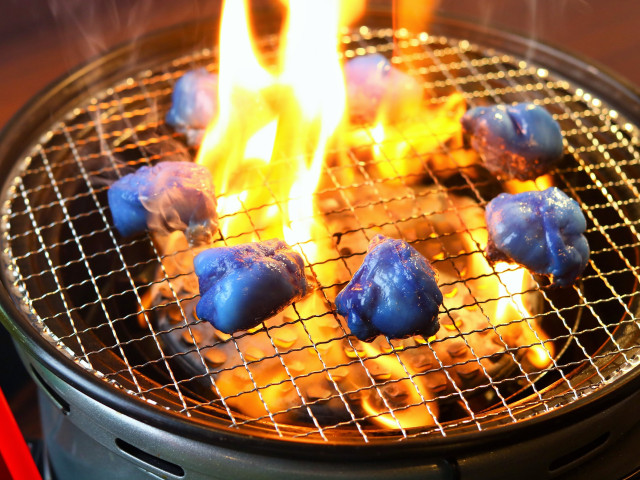 Kyoto yakiniku restaurants offer up blue meat and drinks for Japan's World Cup fever