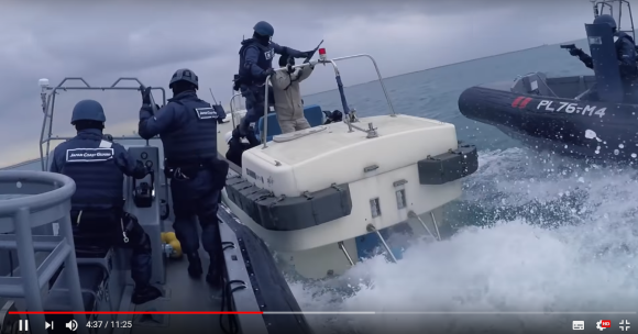 Recon, Rescue, Research! Japan's Coast Guard's videos of kick-ass action in glorious HD【Video】