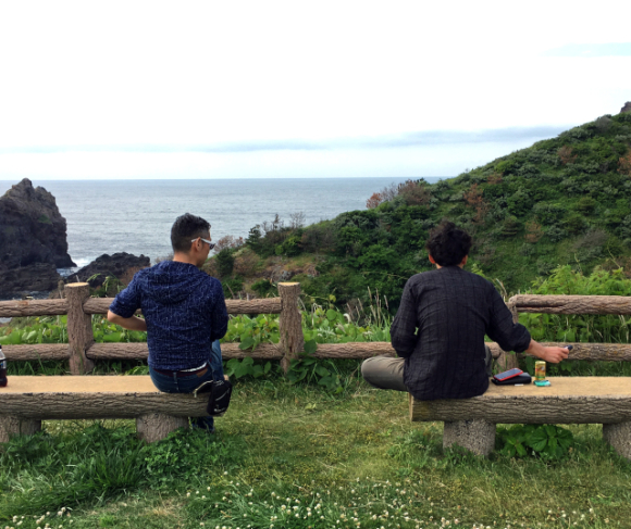 Mr. Sato travels five hours to the Oki Islands to make amends for a 17-year grievance【Photos】