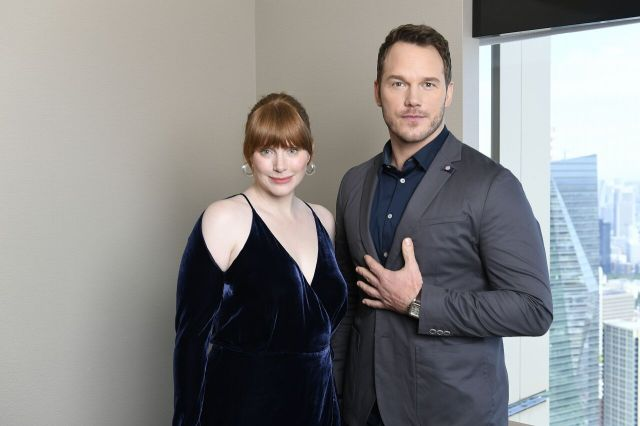 We interview Jurassic World: Fallen Kingdom stars Chris Pratt and Bryce Dallas Howard in Japan