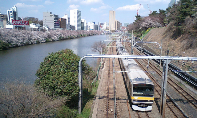 These are the 11 most crowded trains in Japan…and surprise! They're all in the Tokyo area