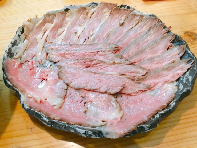 This is what Tokyo's craziest roast beef ramen looks like…but save room for dessert!