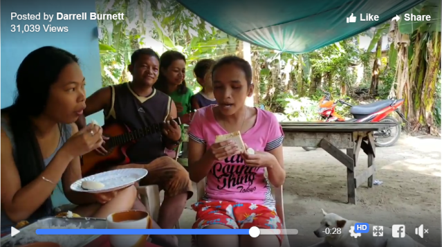 Blind Filipino girl Elsie stuns with her mature singing voice【Videos】