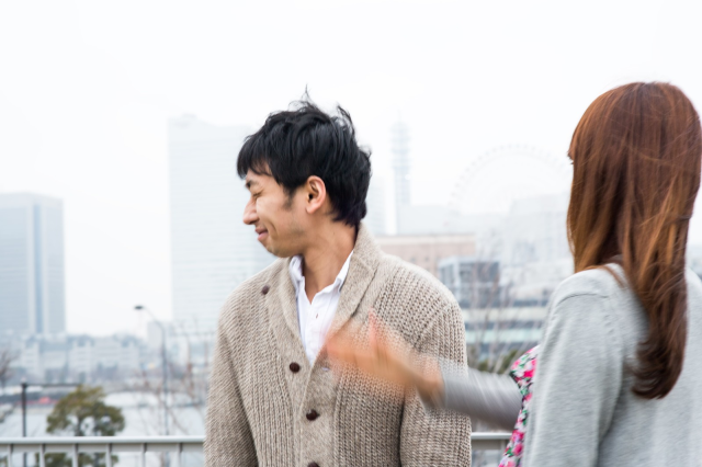 Japanese man gets caught cheating on his girlfriend because of an earthquake