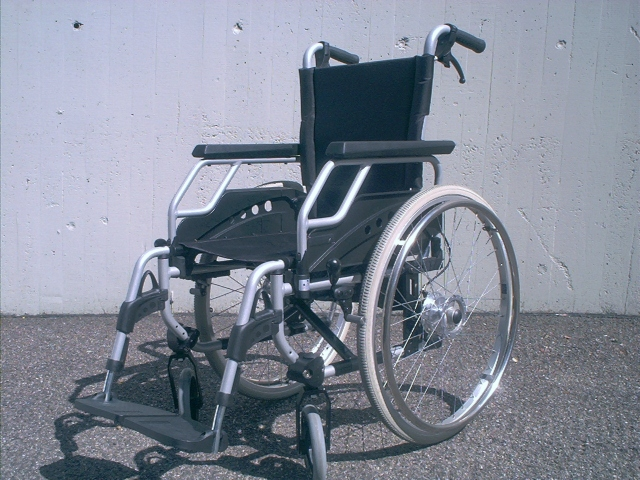 Man sues Tokyo wine tasting event for not allowing him to drink while operating a wheelchair
