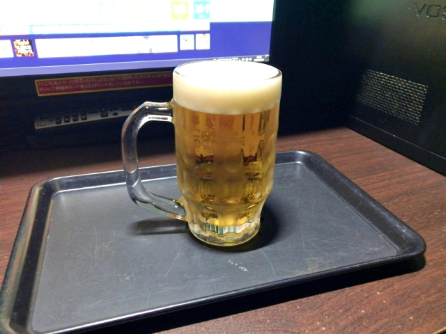 12 hours of unlimited beer and hard liquor on offer at amazing Tokyo Internet cafe