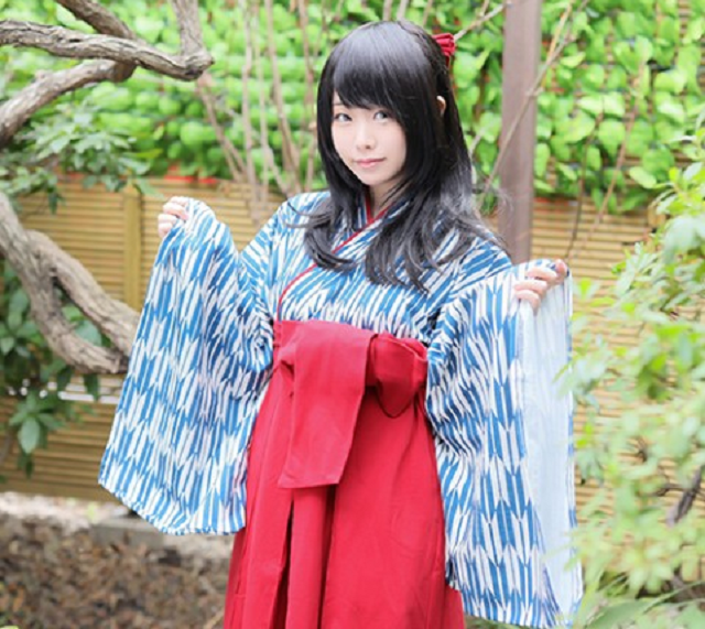 Japanese schoolgirl kimono roomwear line expands with new color options for old-school comfort
