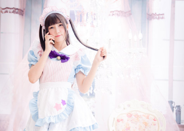 Maid cafe maid is in no mood to put up with complaints about guys who have girlfriends
