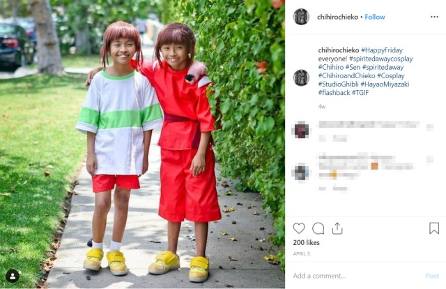Twin girls have awesome twin cosplays featuring creepy and cool anime, movie, and TV characters