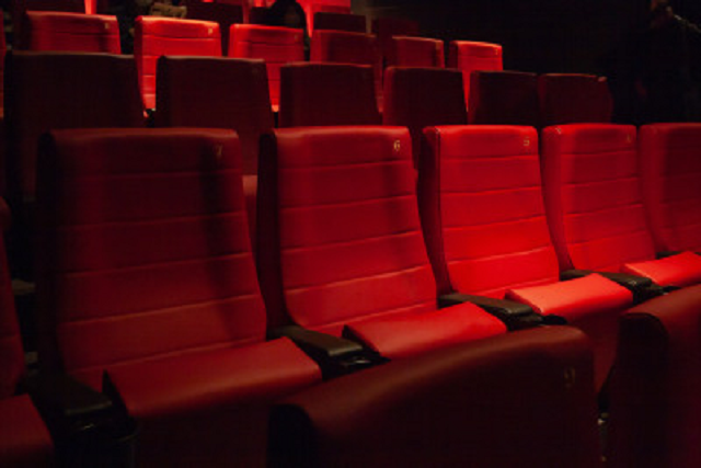 Japanese Manners Majority Say Loud Laughing During A Movie Is Rude In Survey Soranews24 Japan News