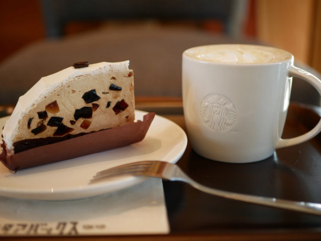 Starbucks' retro Japanese kissaten menu debuts deliciously mature coffee gelatin cake【Taste test】
