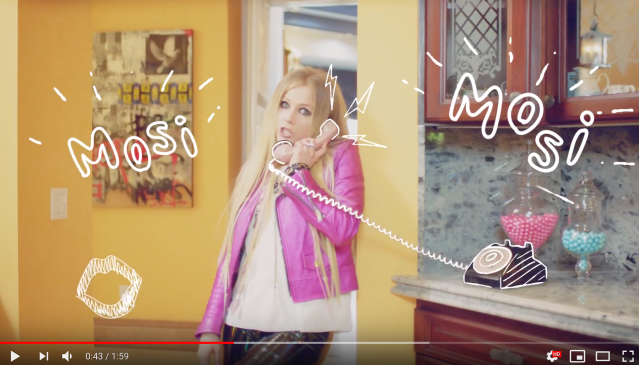 Avril Lavigne speaks Japanese in new commercial for Laundrin' 【Video】
