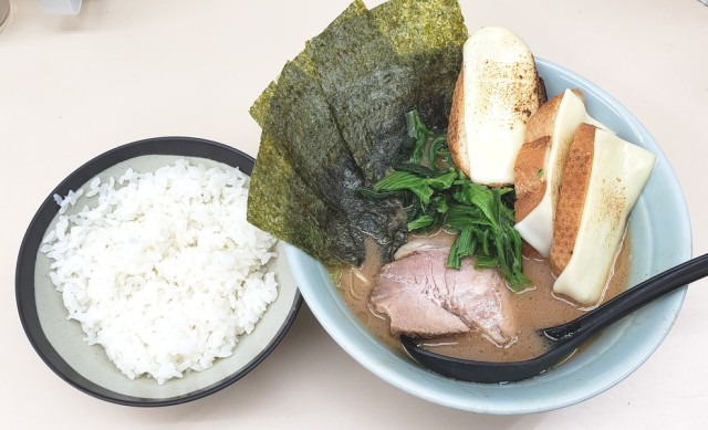 Ramen with bread and grilled cheese topping is our favourite noodle trend in Tokyo right now