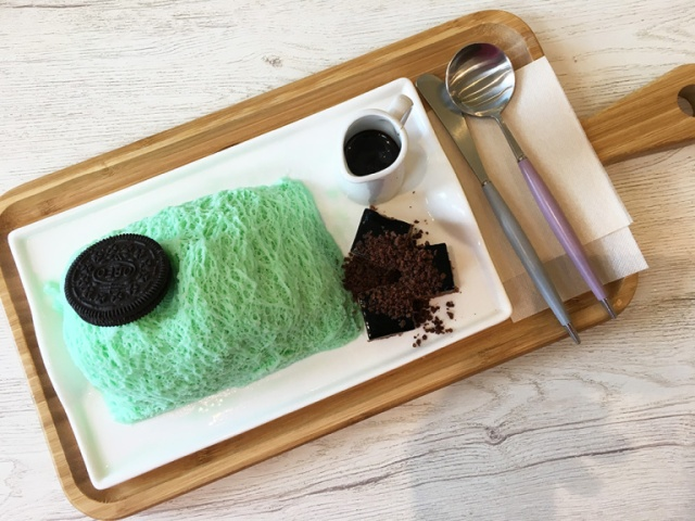 Seoul Cafe's mint chocolate shaved ice is unlike any other shaved ice around【Photos】