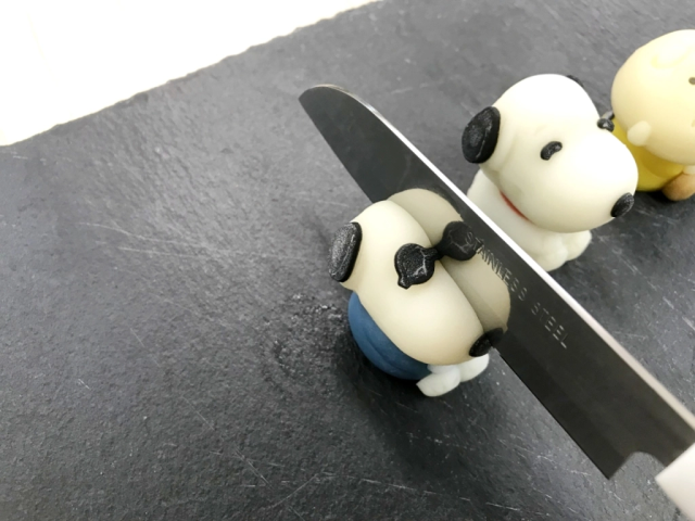 Snoopy reborn as adorable Japanese sweets, lives just long enough for us to cut him up, eat him