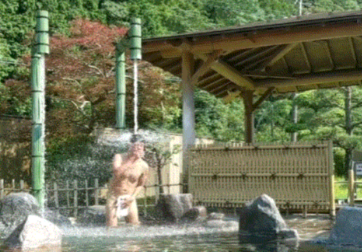 Ridiculously powerful hot spring bath in Japan earns both our respect and our fear【Videos】