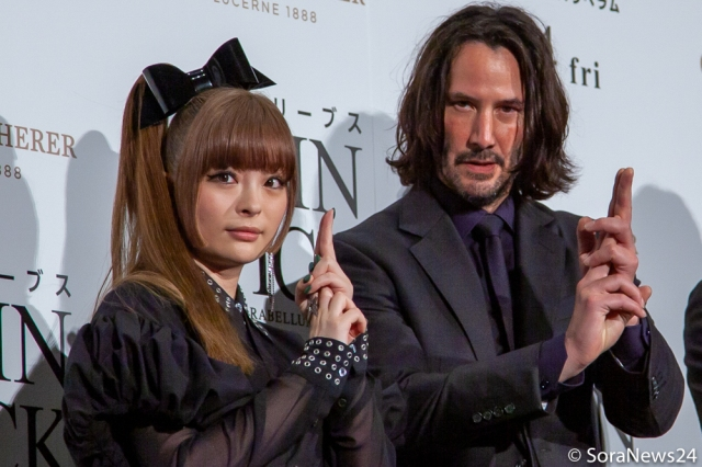 Keanu Reeves gets a ninja lesson with Kyary Pamyu Pamyu at John Wick 3 premiere in Japan