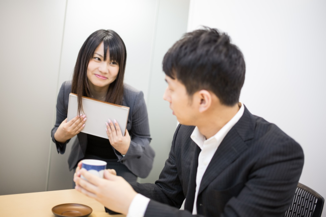 Japanese women asked what best job for a husband is, may be looking for romantic-comedy lead
