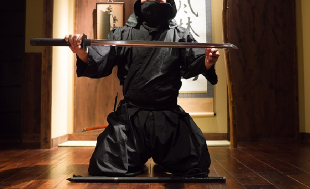 Japanese ninja group wants to hire new member, must have strong aura and mental fortitude
