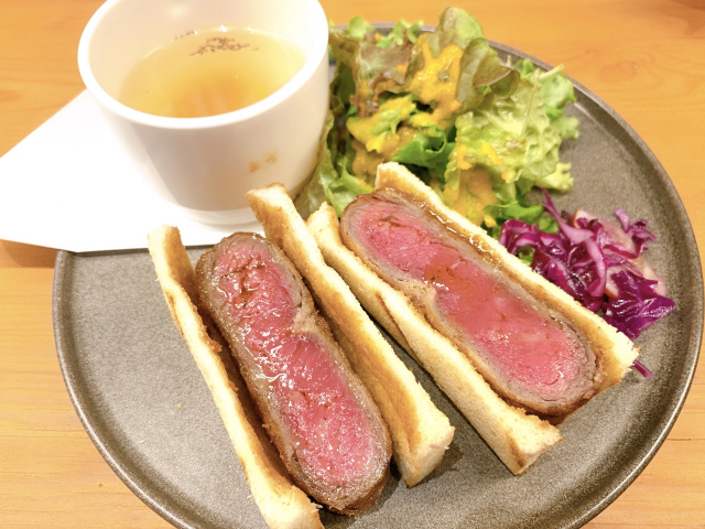 New mouthwatering beef katsu sandwich served in Shibuya, but only good for 30 minutes?!【Photos】