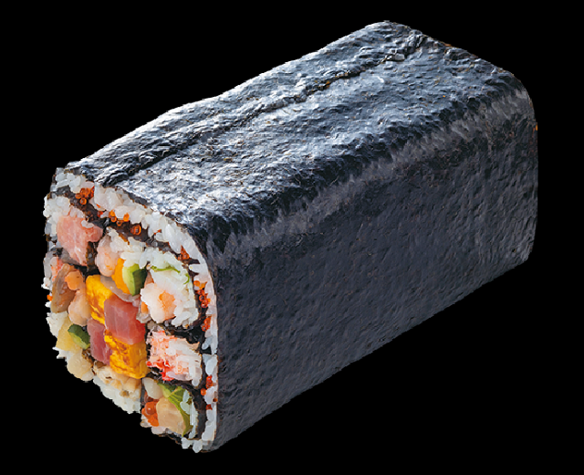 The greatest sushi roll in Japanese history is actually nine sushi rolls in one【Photos】