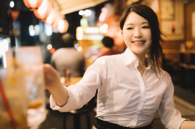 Izakaya etiquette: Stacking your plates after eating doesn't help waitstaff in Japan