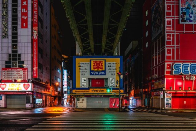 Tokyo's Akihabara looks otherworldly beautiful when all the people are gone【Photos】