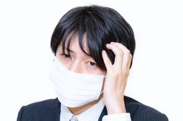 Japanese government may encourage people to reuse masks as coronavirus-caused shortage continues