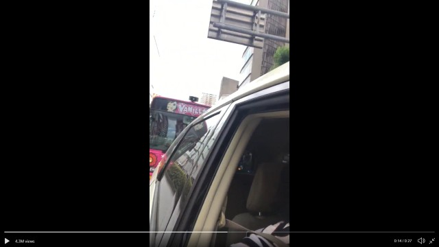Japanese driver in traffic jam gets the worst possible vehicle stuck behind him【Video】