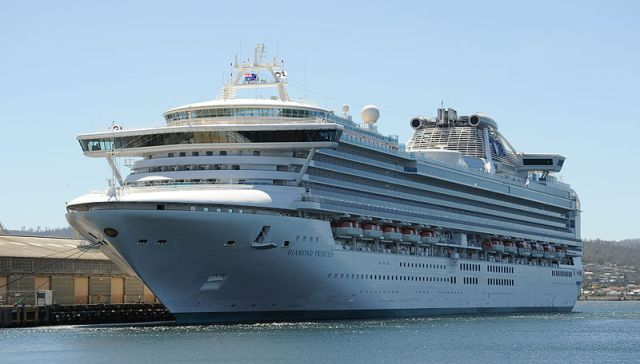 Quarantined cruise ship finally ready to sail again, leaves a heartwarming message of thanks