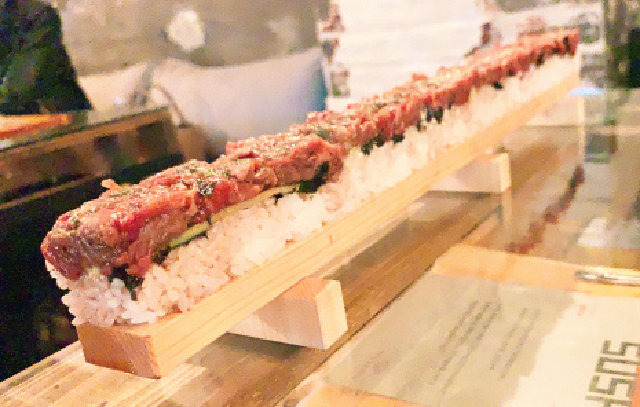 50 centimetres (20 inches) of unbridled beefy joy! Eating Tokyo's extra-lengthy yukhoe sushi
