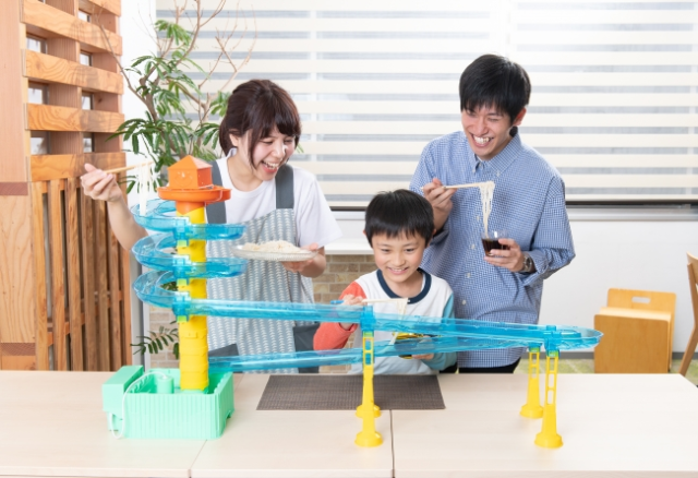 Another at-home noodle meal? Then play with your food with Japan's Big Stream Somen Slider Custom